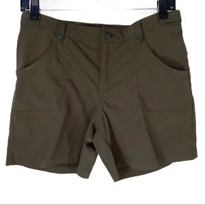 Lucy athletic activewear shorts Olive small hiking